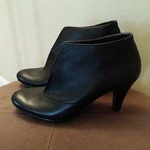 Ann Taylor Women's  boots